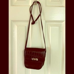 Black Brighton Textured Leather w/back slip pocket